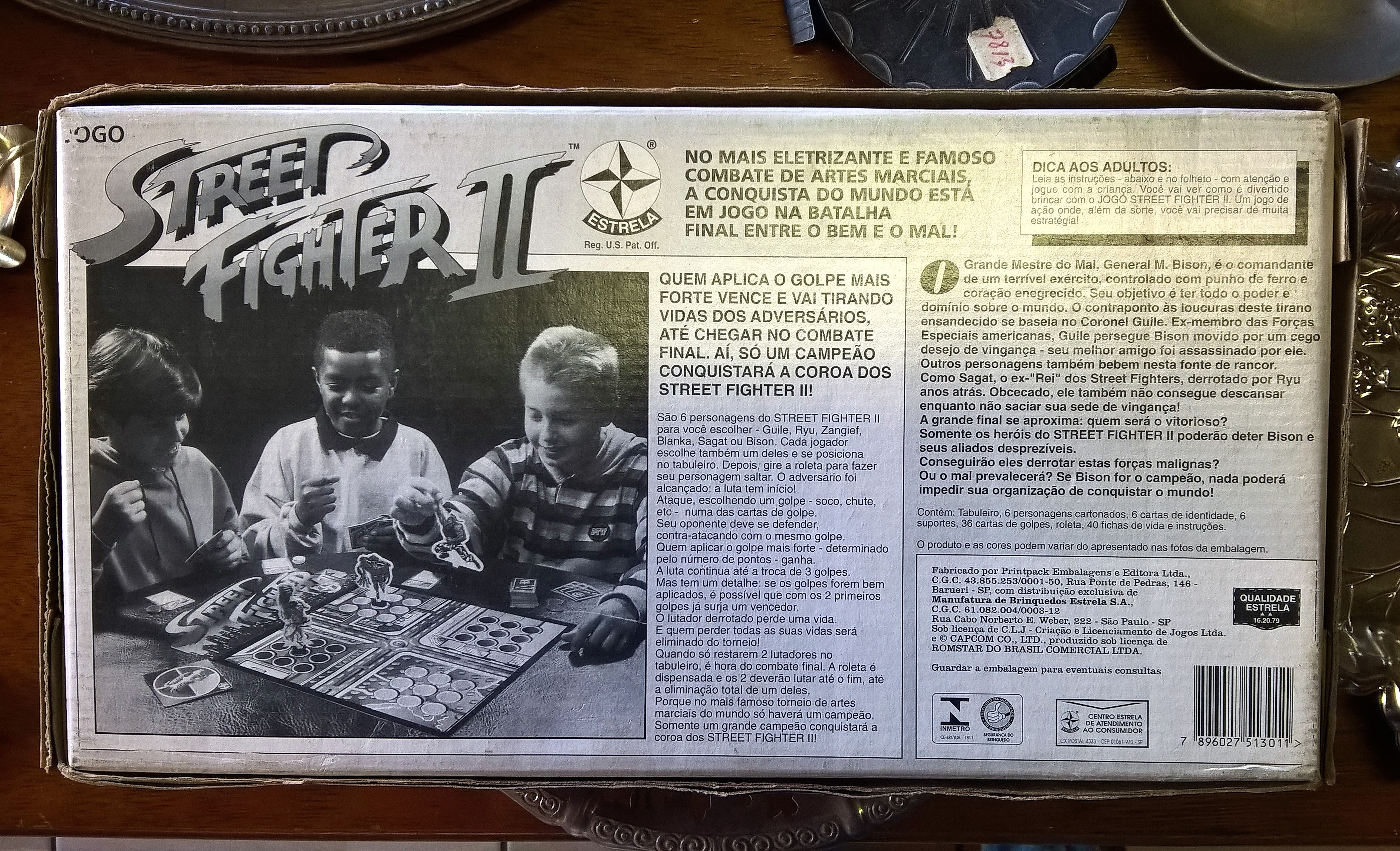 Jogo de tabuleiro de Street Fighter II, da Estrela